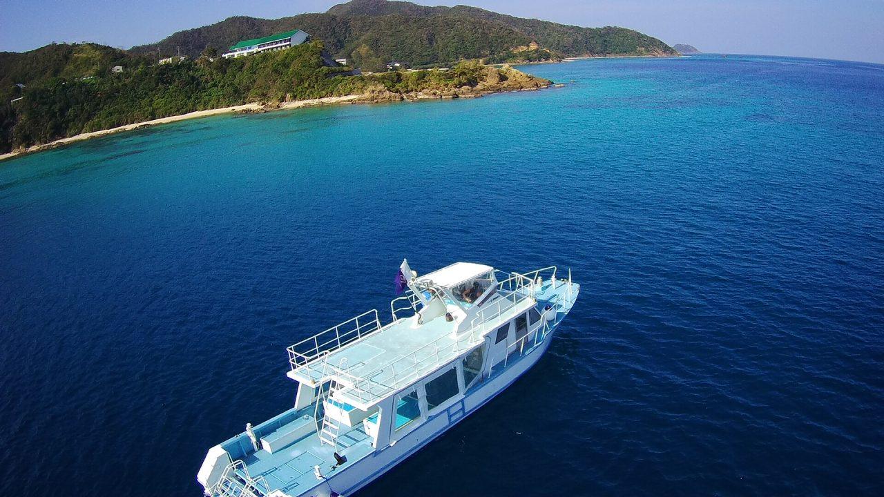 ダイビング船「龍游」とネイティブシー奄美